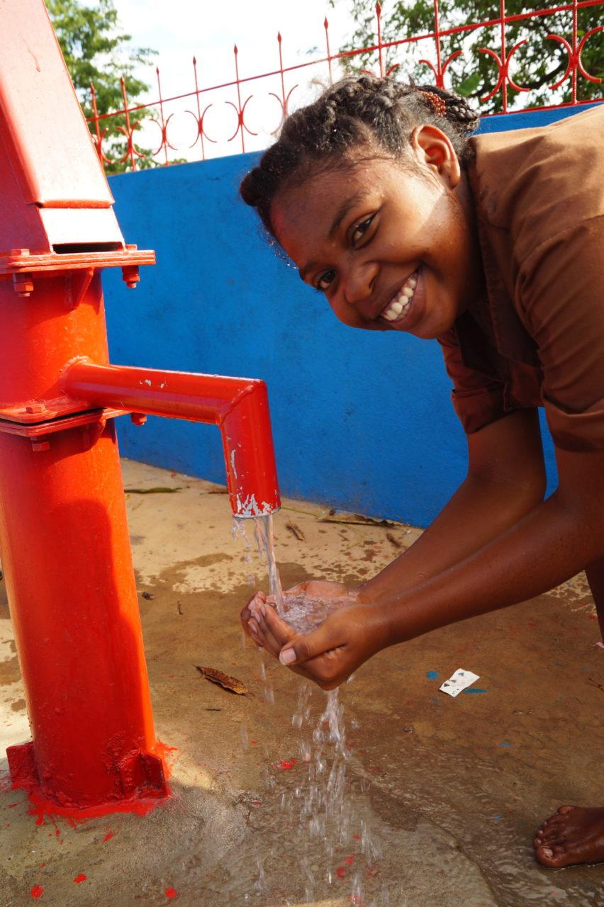 studnia dostęp do czystej wody  Madagaskar