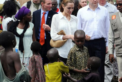 Angelina_Jolie_visit_Lac_vert_camp_Congo